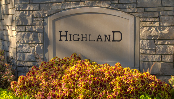highland country club entrance sign